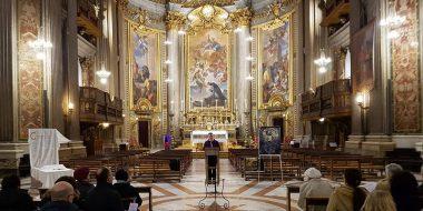 Momento di incontro di uno dei gruppi che si riuniscono presso la chiesa di sant'Ignazio a Roma
